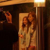 [Pict] 130807 Kim So Eun dan Victoria F(X) BTS 'Glitter'